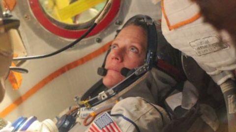 leading women space karen nyberg_00000828.jpg
