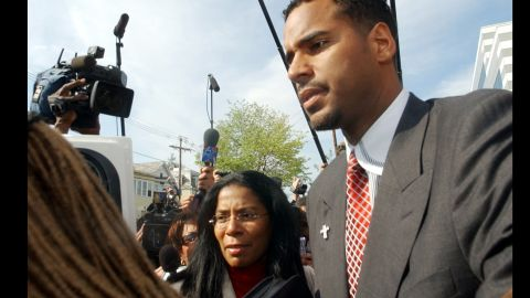 """Smith acted as the spokesman for former NBA player <a href=""""http://www.cnn.com/2010/CRIME/08/20/new.jersey.williams.sentence/index.html"""" target=""""_blank"""">Jason Williams</a> during his manslaughter trial in the 2002 shooting death of limo driver Costas Christofi.  Williams pleaded guilty to aggravated assault in a plea deal."""