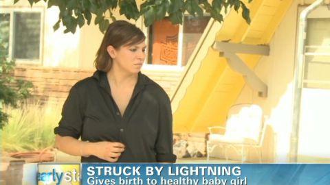 early lightning strikes expectant mom_00001111.jpg