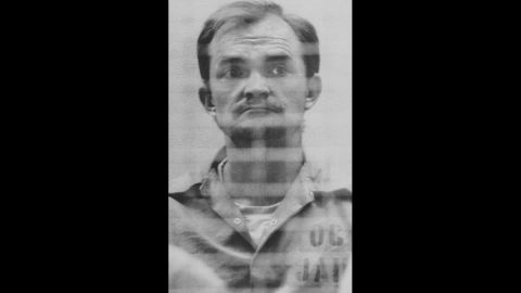 During a routine traffic stop, a police officer found a dead U.S. Marine in the front seat of a car driven by Randy Steven Kraft. Kraft was linked to 45 murders and sentenced to death in 1989. He would pick up hitchhikers, give them drugs and alcohol, sexually assault them and then mutilate and strangle them.