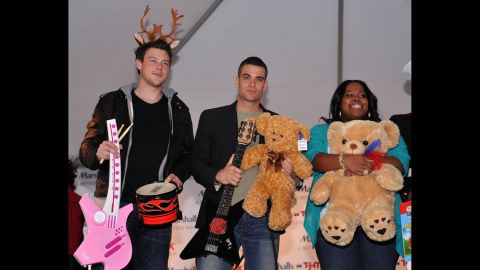 """Monteith, Mark Salling and Amber Riley attend the """"Carol-Oke"""" contest at New York's Bryant Park on December 3, 2009."""