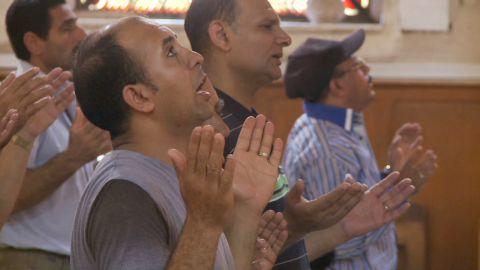 penhaul pkg egypt christians under attack_00002727.jpg