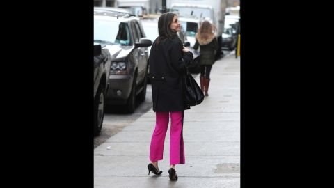 """Since her relocation to New York, Katie Holmes has been seen taking full advantage of the city that never sleeps. Aside from frequently strolling the streets of New York like a regular Joe, Holmes was also photographed <a href=""""http://www.nydailynews.com/entertainment/gossip/katie-holmes-spotted-daughter-suri-subway-ride-article-1.1204798"""" target=""""_blank"""" target=""""_blank"""">sneaking in a catnap on the subway</a> in November 2012."""
