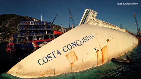 costa concordia drone footage_00001820.jpg