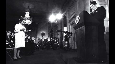 Thomas questions President Ronald Reagan during a press conference at the White House on March 19,1987.
