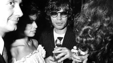 Jagger and his wife, Bianca, spend an evening at Chez Castel in Paris in 1977.