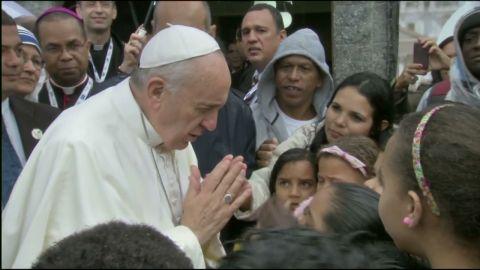 pkg marquez pope arrives at copa_00002818.jpg
