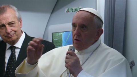 ns pope gay not a crime women_00002413.jpg