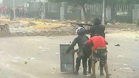 pkg sayah egypt turmoil crackdown fears_00010721.jpg