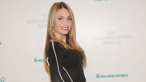 """<a href=""""http://www.cnbc.com/id/100553627"""" target=""""_blank"""" target=""""_blank"""">""""Today"""" called it the """"battle of the bulge""""</a> when former """"Real Housewives of New York"""" Heather Thomson was sued in March 2013 by Spanx over her brand of Yummie Tummie shapewear."""