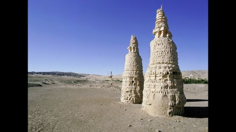 The Tang dynasty also fell during a time of dryness associated with the same event coinciding with the end of Mayan civilization. Dunhuang was a vital command post on the Silk Road during China's Tang dynasty, which ended about A.D. 906.