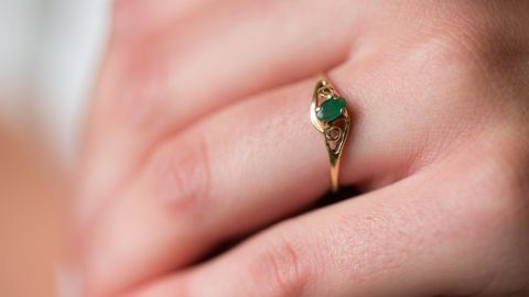 Alison Spann wears a ring her father had made for her mother. EVELIO CONTRERAS/CNN