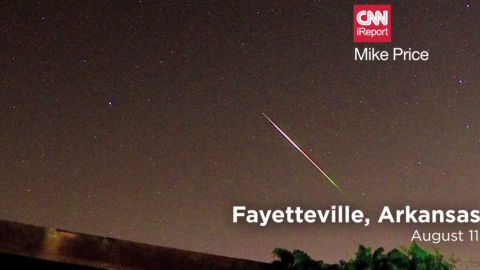 natpkg.orig.ireport.perseid.meteor.shower.mashup_00004928.jpg