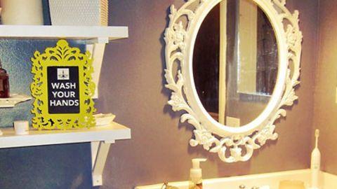"""<a href=""""http://ireport.cnn.com/docs/DOC-1014983"""">Jill Chappell's</a> painted bathroom update."""