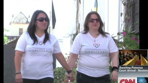 nr lesbian ecuador gay marriage rafael romo_00003314.jpg