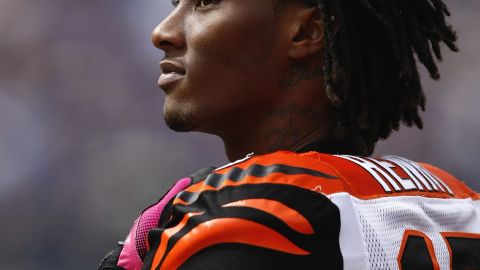 """Chris Henry played five seasons for the Cincinnati Bengals before dying at the age of 26. <a href=""""http://www.cnn.com/2010/HEALTH/07/02/brain.damage.henry/index.html"""" target=""""_blank"""">He died after falling from the bed of a moving pickup</a> during a fight with his fiancée. His young age prompted concern over how quickly athletes start to suffer from CTE."""