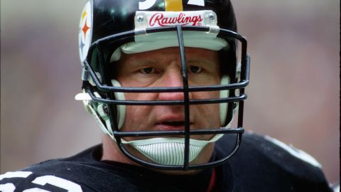 Hall of Fame offensive lineman Mike Webster was the first former NFL player to be diagnosed with CTE.  After his retirement, Webster suffered from amnesia, dementia, depression, and bone and muscle pain.