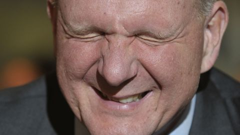 Here Ballmer (pick one: 1. grimaces 2. grins 3. remembers he left the stove on) while talking about Windows 7 during a 2009 appearance in Munich, Germany.