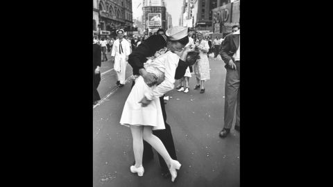 """Alfred Eisenstaedt's photograph of an American sailor kissing a woman in Times Square became a symbol of the excitement and joy at the end of World War II. The Life photographer didn't get their names, and several people have claimed to be the kissers over the years.<a href=""""http://www.usni.org/store/books/aircraft-reference/american-fighters/kissing-sailor"""" target=""""_blank"""" target=""""_blank""""> A book released last year</a> identifies the pair as George Mendonsa and Greta Zimmer Friedman. """"Suddenly, I was grabbed by a sailor,"""" <a href=""""http://lcweb2.loc.gov/diglib/vhp/story/loc.natlib.afc2001001.42863/transcript?ID=sr0001"""" target=""""_blank"""" target=""""_blank"""">Friedman said in 2005</a>. """"It wasn't that much of a kiss. It was more of a jubilant act that he didn't have to go back (to war)."""""""