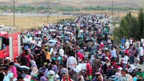 pkg shubert syria refugees crisis_00010324.jpg