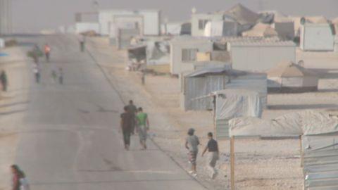 syria refugees exile agony wedeman pkg_00002804.jpg