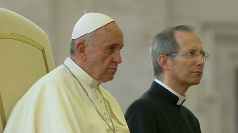 nadeau.pope.syria_00021019.jpg