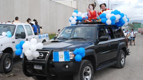 """This decorated SUV belongs to David L'Amsler, a minister and missionary from Springfield, Missouri, who has been living in Guatemala since 2008. """"It was an extremely moving experience to observe first hand Guatemalans celebrating their freedom as I had the <a href=""""http://ireport.cnn.com/docs/DOC-1023487"""" target=""""_blank"""">honor of driving the lead vehicle</a> in the parade. The local police helped barricade the route as the parade snaked its way through down as horned honked, whistles blew and people cheered"""" said the 57-year-old."""