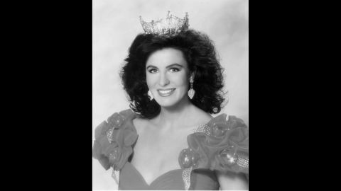 1992 Miss America was Carolyn Suzanne Sapp, from Hawaii.