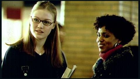 "Washington plays street-smart teen mom Chenille Reynolds opposite Julia Styles in the 2001 film ""Save the Last Dance."""