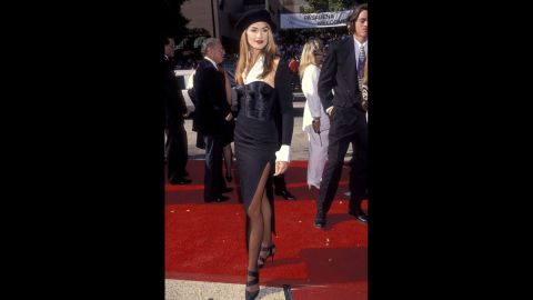 Cindy Crawford crossed over from high fashion to Hollywood with her appearance at the 1992 Emmys.