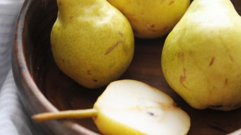 """<strong>Pears: </strong>The sweet and juicy taste makes this fruit a crowd-pleaser. Cooking can really bring out their fabulous flavor, so try them baked or poached. <br /><br />Health benefits include<br />• Good source of vitamin C and copper <br />• 4 grams of fiber per serving <br /><br />Harvest season: August to February<br /><br /><a href=""""http://www.health.com/health/gallery/0,,20307333,00.html"""" target=""""_blank"""" target=""""_blank"""">Health.com: Dr. Oz's favorite healthy foods</a>"""
