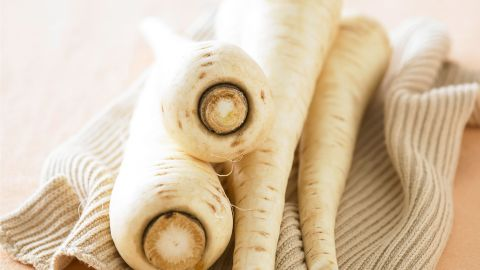 <strong>Parsnips:</strong> Though these veggies may resemble carrots, they have a lighter color and sweeter, almost nutty flavor. Use them to flavor rice and potatoes or puree them into soups and sauces. <br /><br />Health benefits include<br />• Rich in potassium <br />• Good source of fiber <br />Harvest season: October to April