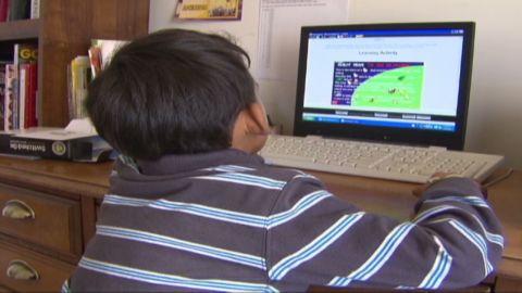 cnnee clix kids and screen time_00001204.jpg
