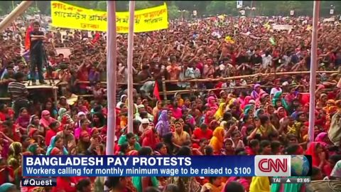 qmb.bangladesh.pay.protests_00002421.jpg