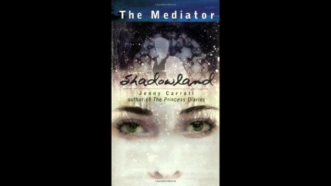 """In """"Shadowland,"""" the first installment of The Mediator series, author Meg Cabot introduces high schooler Suze, a """"mediator"""" who helps ghosts put unresolved issues to rest."""