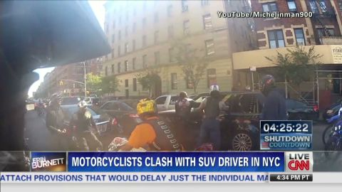 exp Erin Motorcycle SUV chase_00010025.jpg