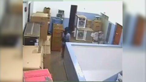 nr lemon video inside kenya mall _00003630.jpg