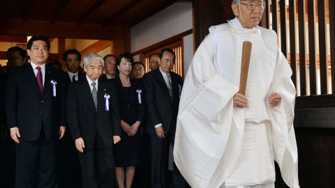 On October 18, some 160 members of parliament also paid respects at Yasukuni Shrine.