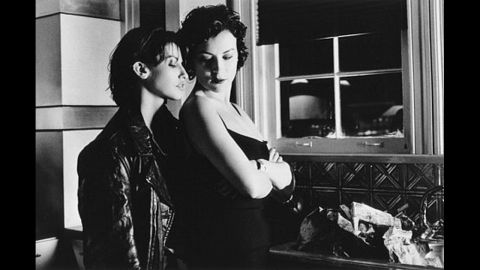 """Gina Gershon, left, and Jennifer Tilly play lovers in """"Bound."""""""