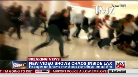 erin vo lax shooting shows chaos inside airport_00003219.jpg