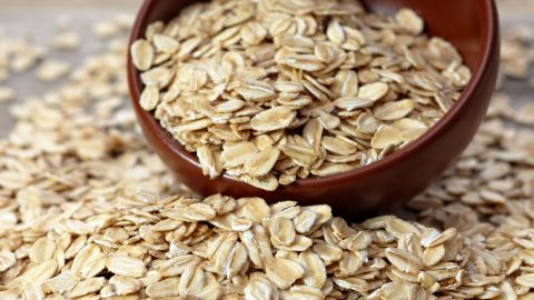 By starting your day off with oatmeal, you get one of your three daily recommended servings of whole grains. Enjoy your oats hot, or try them raw and soaked by following an overnight oats recipe.