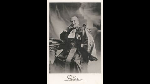 """Paul Sabatier won the 1912 <a href=""""http://www.nobelprize.org/nobel_prizes/chemistry/laureates/1912/sabatier-facts.html"""" target=""""_blank"""" target=""""_blank"""">Nobel Prize in Chemistry</a> for discovering the hydrogenation method. His research detailed the way nickel could be used as a catalyst to create chemical reactions between hydrogen molecules and other compounds. This laid the groundwork for the creation of hydrogenated oils."""