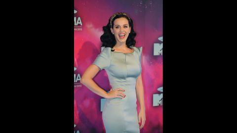 Katy Perry arrives.