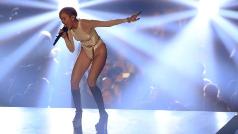 """Miley Cyrus performs """"Wrecking Ball"""" at the Ziggo Dome."""
