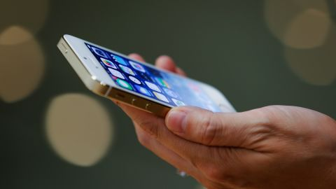 Hackers appear to be remotely locking iPhones and iPads, mostly in Australia, then demanding a ransom to unlock them.