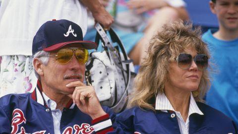 Turner and Fonda take in a Braves game.