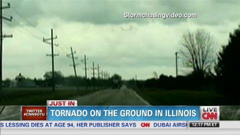 sotu vo tornado on ground in illinois_00011023.jpg