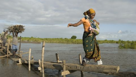 Sandimhia Renato, a young mother from Mozambique, has to walk 15 minutes every day to find somewhere to go to the toilet.