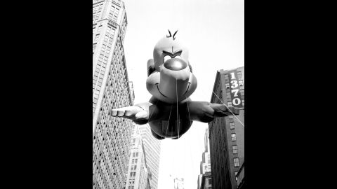 """<strong>Underdog (1965):</strong> """"There's no need to fear, Underdog is here!"""""""