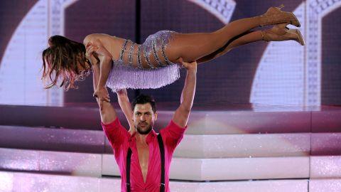 Jennifer Lopez pays tribute to Cuban salsa legend Celia Cruz.
